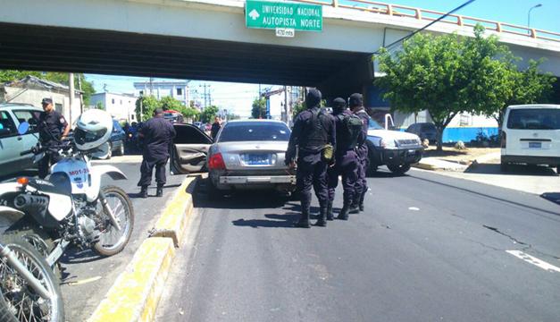 Ataque a policias