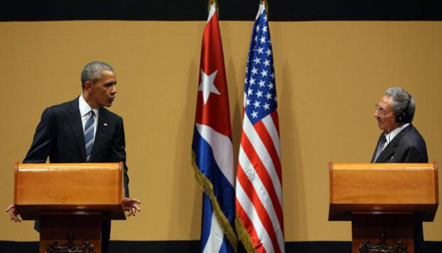 Barack-Obama-Raul-Castro