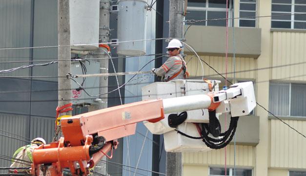 Electricidad-mantenimiento-CAESS
