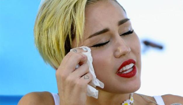Miley Cyrus-Agencia