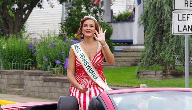 Miss- Pennsylvania-Brandi Weaver