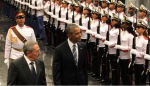 Obama y Castro en Palacio de la Revolucion-EFE