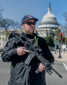 Policia-en-el-Capitolio