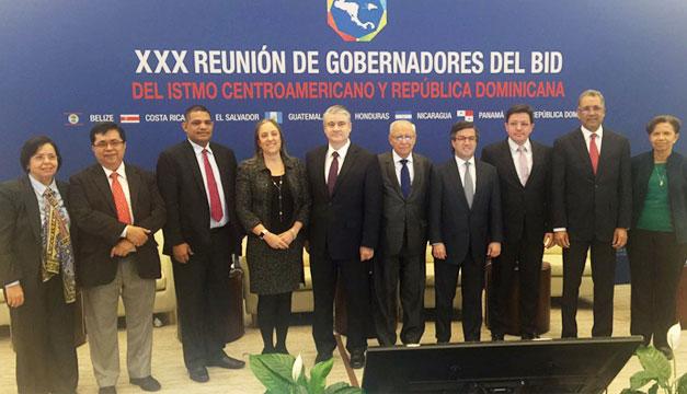 Reunion-Gobernadores-BID-Roberto-Lorenzana