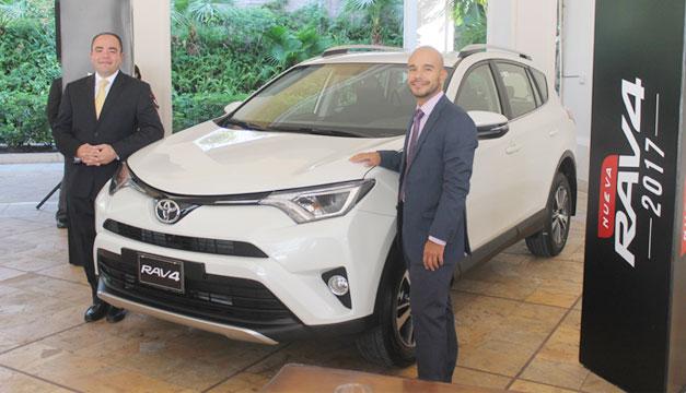 Toyota-RAV-4-2017