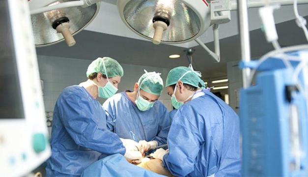 medicos-EFE