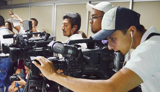 periodistas-medios-prensa