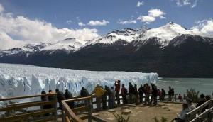 turistas-glaciar-EFE