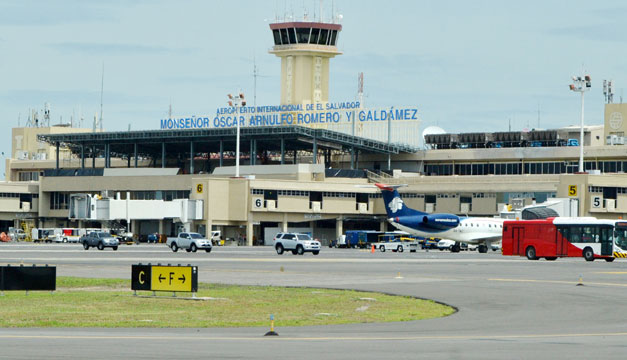 Aeropuerto-Monsenor-Romero (2)