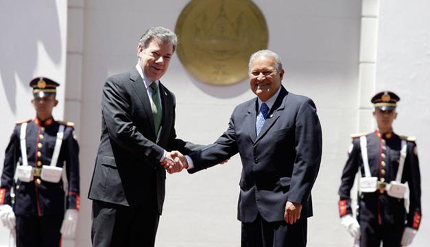Casa Presidencia-Sanchez y Santos