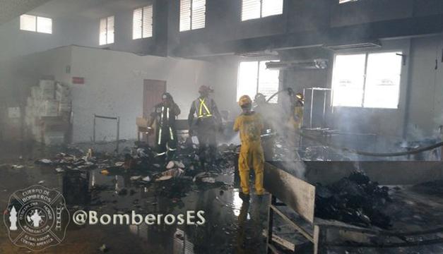 Foto: Tomada de Bomberos de El Salvador.