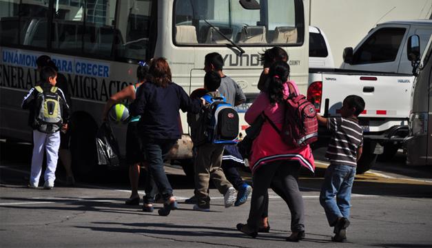 Fotografía de menores deportados. Archivo Diario El Mundo.