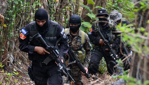 Policias-y-soldados