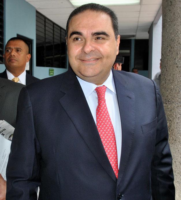 Elias-Antonio-Saca-2