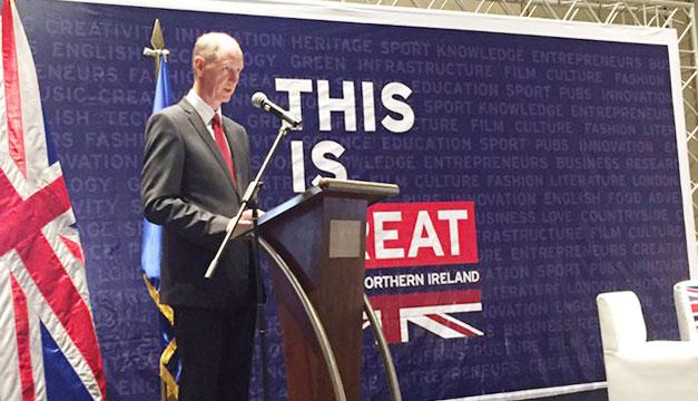 Embajador-britanico-en-El-Salvador