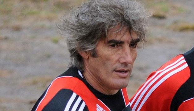 Ernesto-Carucha-Corti