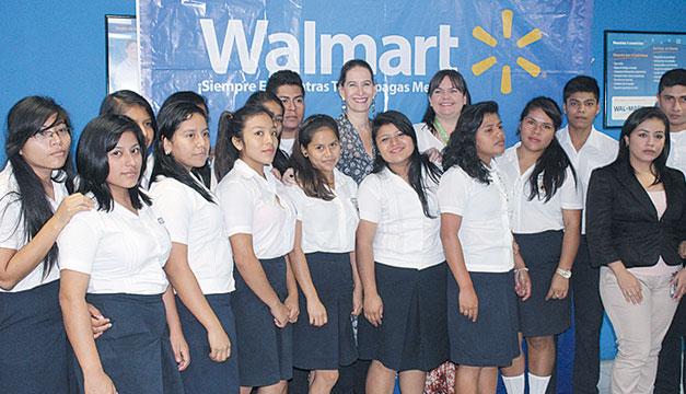 Estudiantes-Walmart
