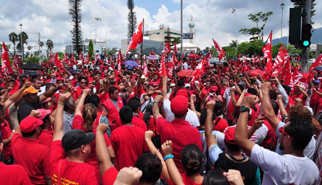 FMLN-simpatizantes