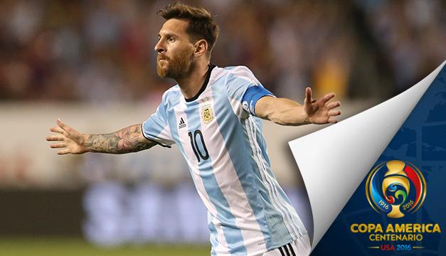 5-0. Un soberbio Messi, con tres goles, guía a Argentina a cuartos de final