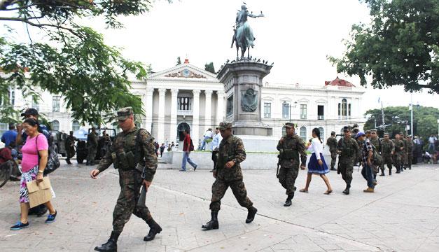 soldados-seguridad