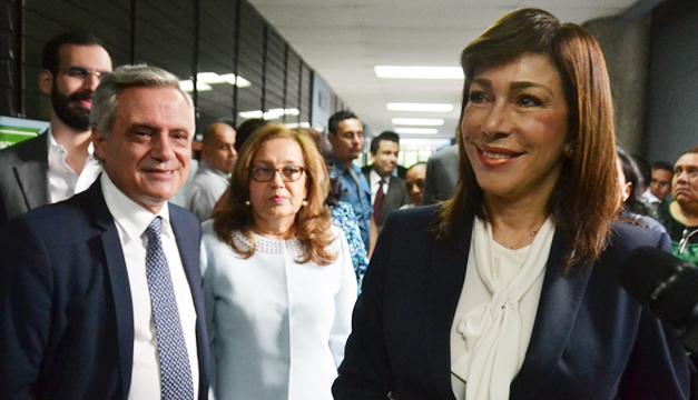Ana-Vilma-de-Escobar-Marcos-Rodriguez