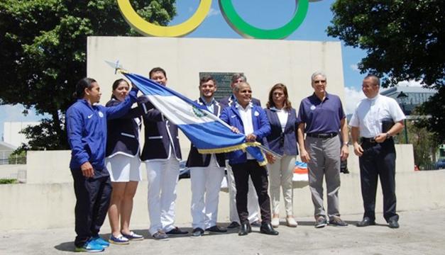 Entrega-de-pabellon-atletas-de-Rio