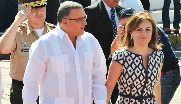 Mauricio-Funes-Vanda-Pignato