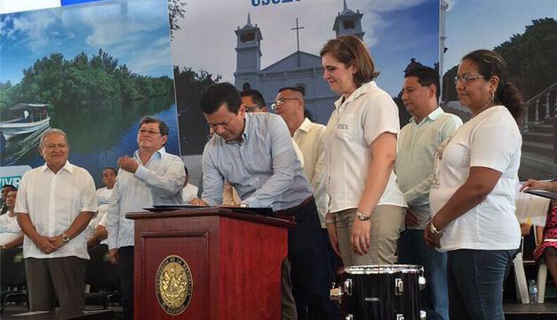 Fotografía: Tomada de Cancillería de El Salvador.