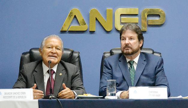 Salvador-Sanchez-Ceren-Luis-Cardenal