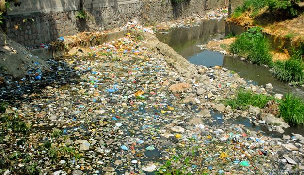 Contaminacion-rio-contaminado