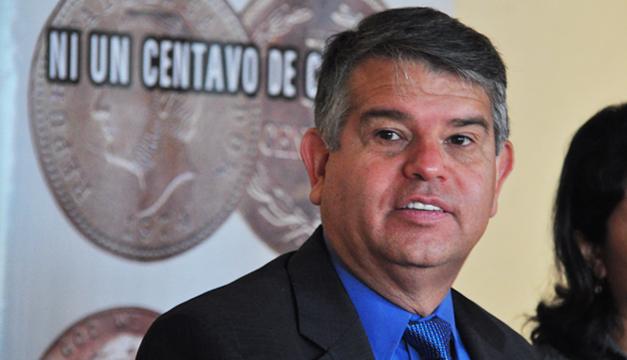 Doctor-Luis-Parada