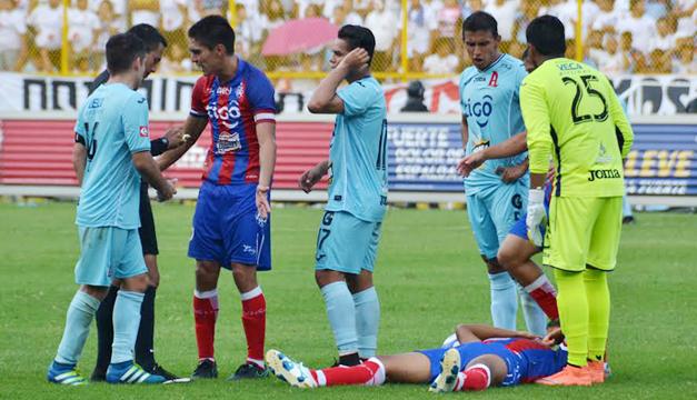 FAS-vs-Alianza-lesion-Facundo-Martinez