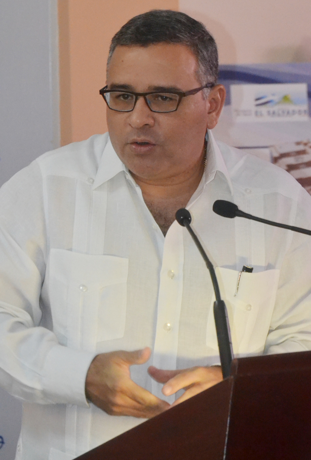 Mauricio-Funes