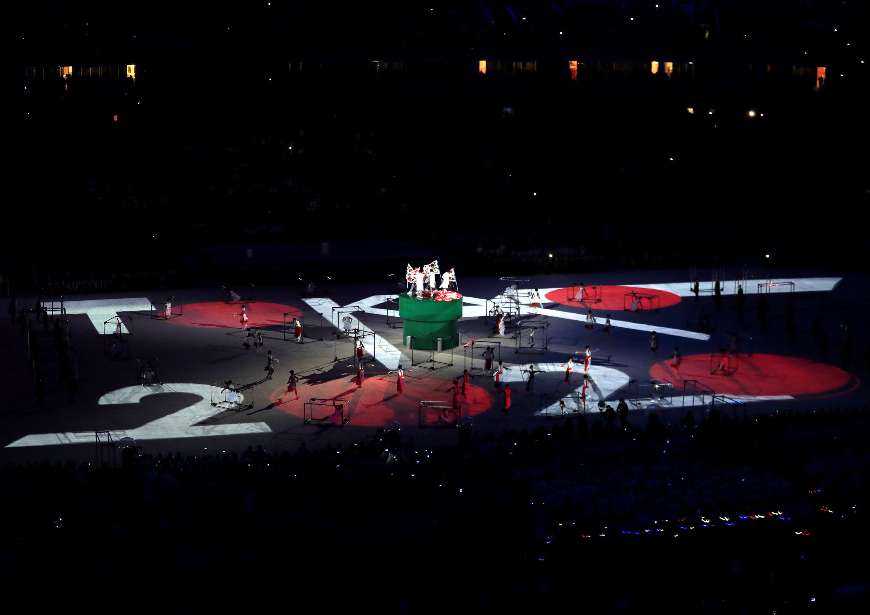 (160821) -- RIO DE JANEIRO, agosto 21, 2016 (Xinhua) -- Artistas de Japón participan durante el segmento de Tokio 2020, durante la ceremonia de clausura de los Juegos Olímpicos de Río de Janeiro 2016, en el Estadio Maracaná, en Río de Janeiro, Brasil, el 21 de agosto de 2016. (Xinhua/Mike Egerton/PA Wire/ZUMAPRESS) (rtg) (ce) ***DERECHOS DE USO UNICAMENTE PARA NORTE Y SUDAMERICA***