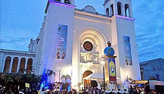 """Iglesia retransmitirá la transfiguración del Divino Salvador para """"devolver la esperanza"""""""