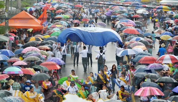 desfile-estudiantil
