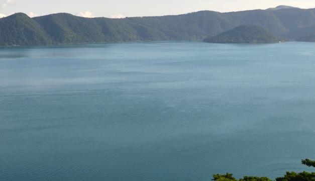 lago-de-coatepeque