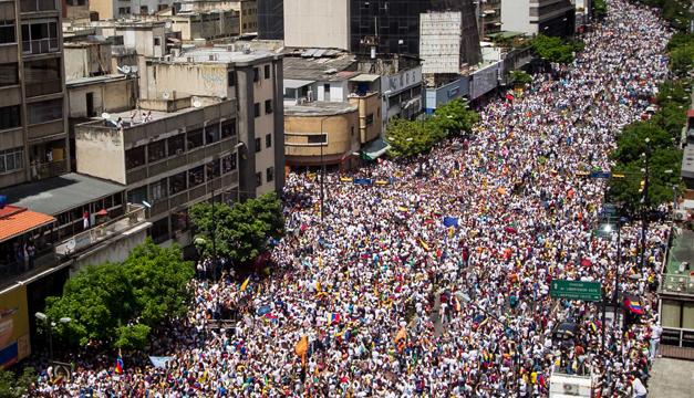 Marcha-en-Venezuela-2