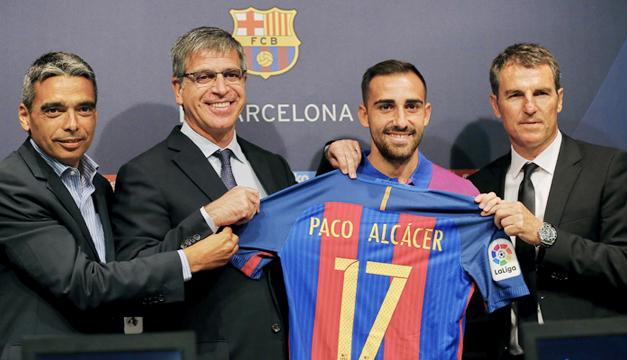 paco-alcacer-presentacion-barcelona