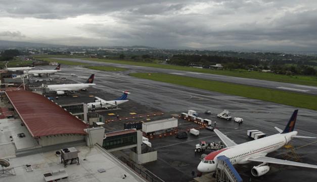 aeropuerto-internacional-juan-santamaria