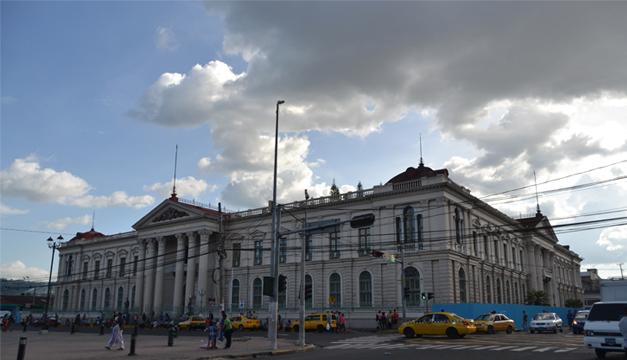 foto-clima-nublado-centro-historico-de-san-salvador-jahir-m
