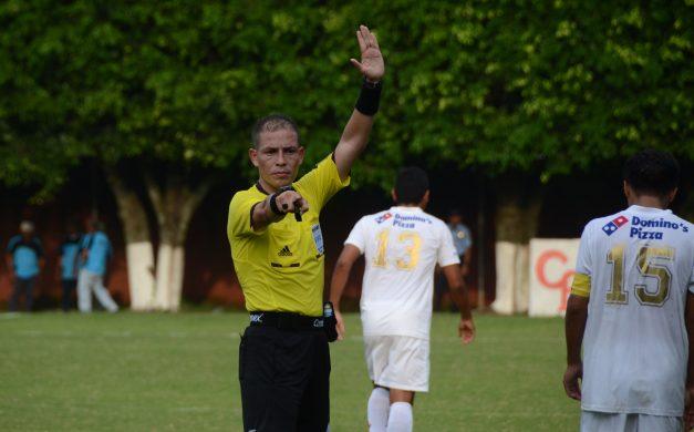 liga-mayor-arbitro-marlon-alfonso-mejia-jahir-m