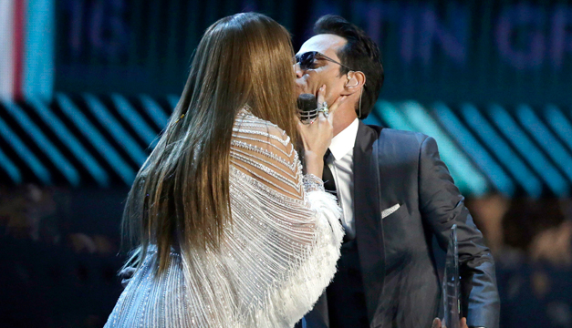 beso-entre-jennifer-lopez-y-marc-anthony