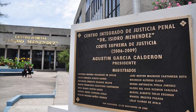 centro-judicial-isidro-menendez