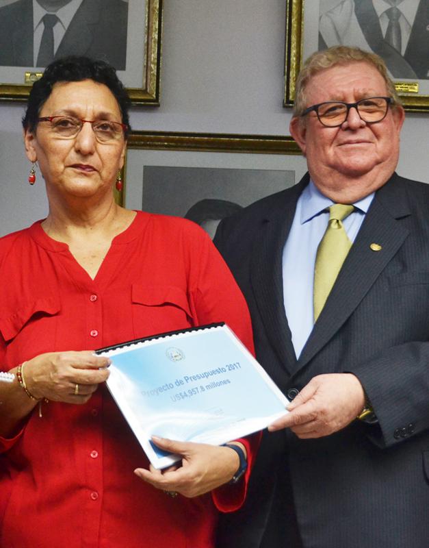 lorena-pena-carlos-caceres-2