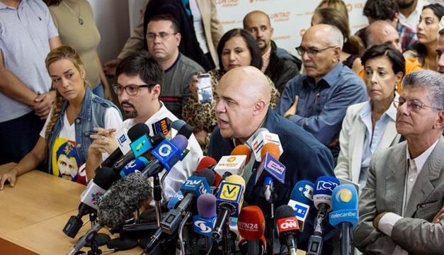 mud-oposicion-en-venezuela-lilian-tintori-jesus-torrealba-henry-ramos-allup