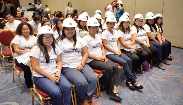 mujeres-electricistas-aes