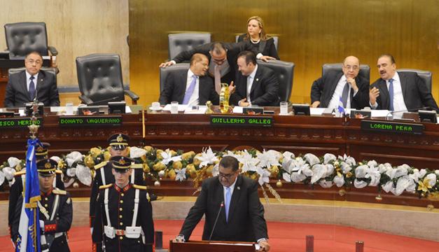 sesion-solemne-asamblea-dia-de-la-constitucion