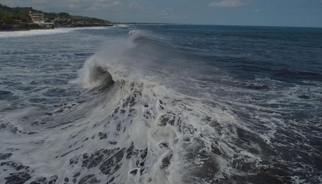 mar-olas-playa-oleaje