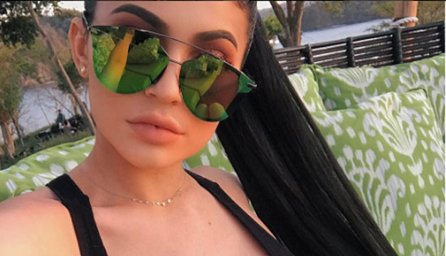 Las kardashian aprenden espaol en costa rica diario el mundo kourtney kardashian y su hermana menor kylie jenner han conquistado a sus seguidores latinos en redes sociales con sus recientes frases en espaol altavistaventures Image collections